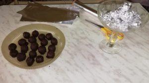 домашние шоколадные конфеты Баунти в фольге